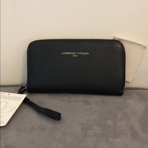Charger wallet